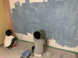 漆喰左官塗料をDIY ブルーグレー色の塗料